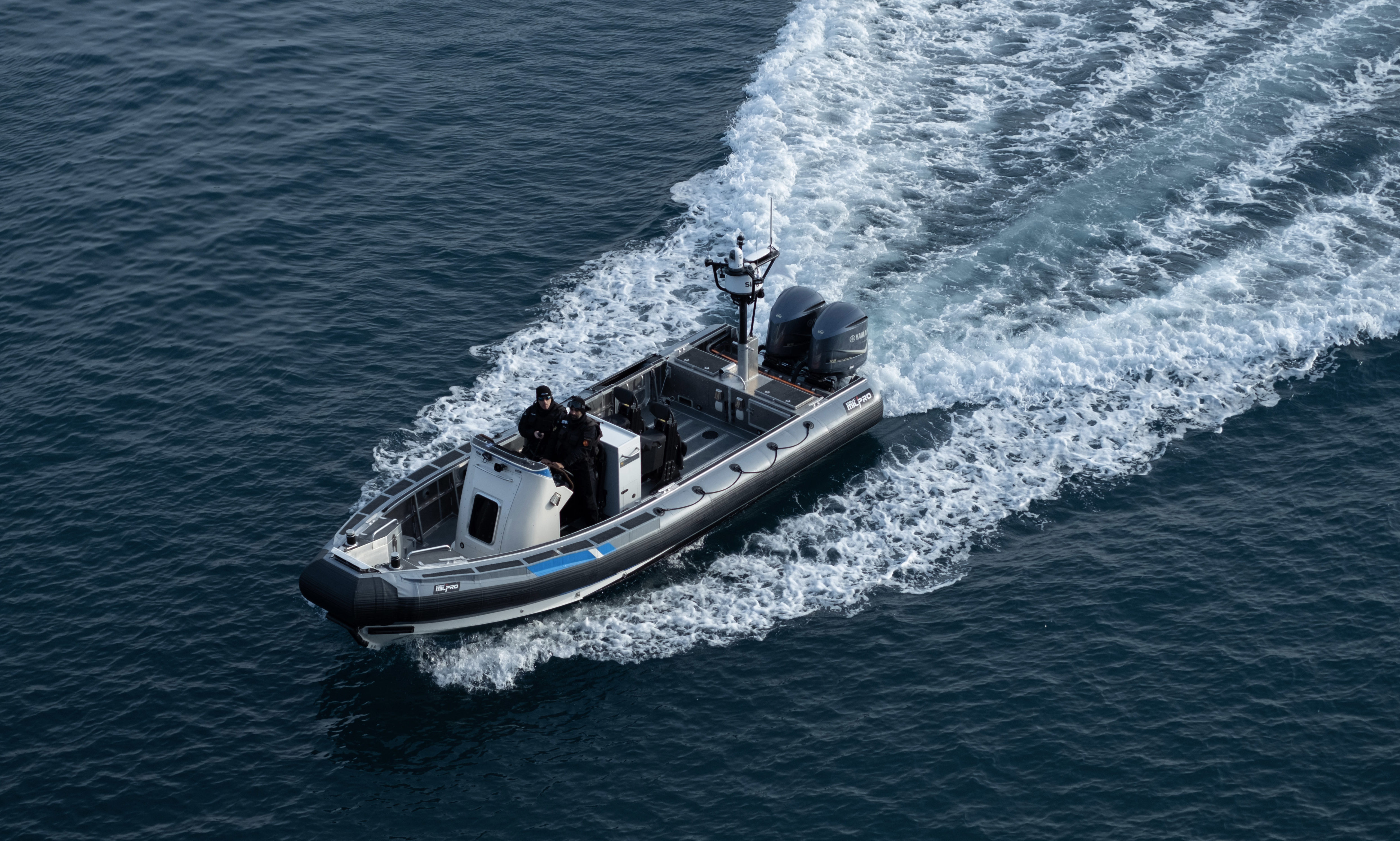 zodiac milpro sea rib SRA 850 coast guard